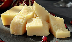 cheese is keto diet friendly