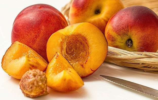 Fruits To Eat On A Keto Diet Peaches